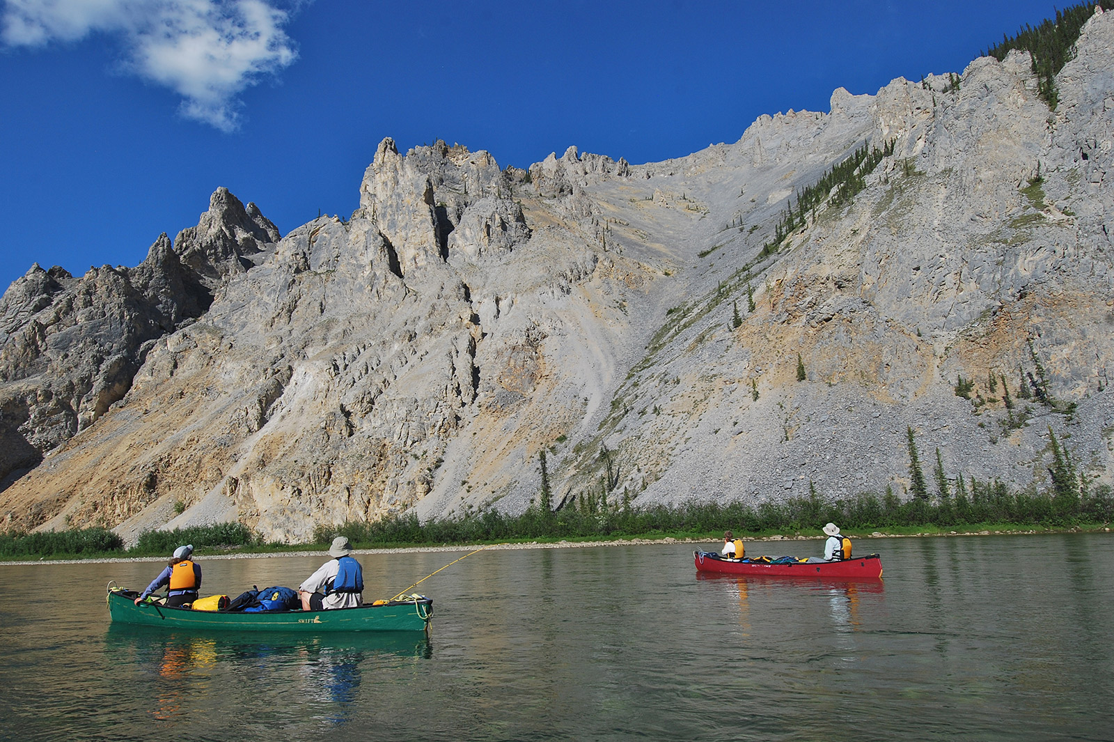 canoeing,yukon mountains